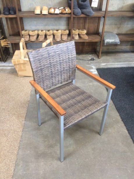 Jack-tuoli ruskea(2)